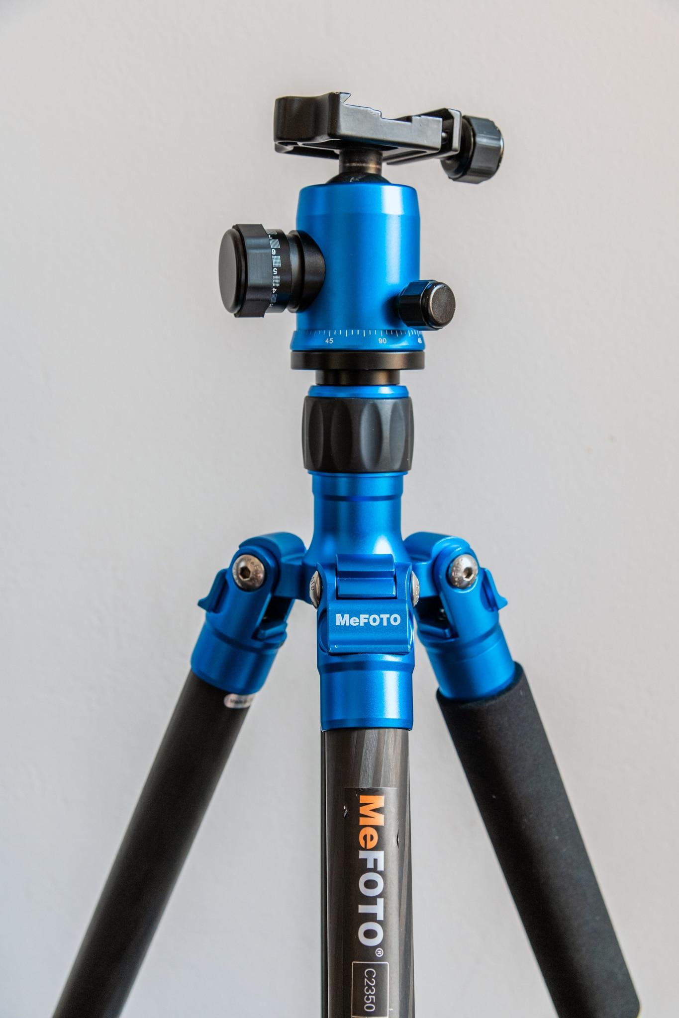 MeFoto GlobeTrotter carbon fiber travel tripod