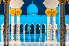 Inner courtyard, Sheikh Zayed Mosque, Abu Dhabi, United Arab Emirates