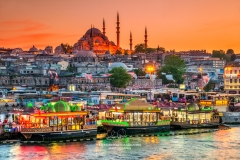 Suleymaniye Mosque and city skyline at sunset, Istanbul, Turkey